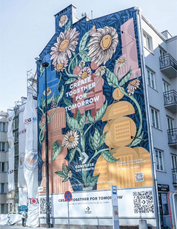 A giant mural in Warsaw that absorbs pollution like 780 trees